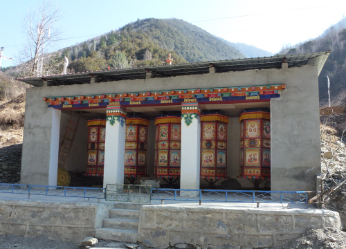 Ever-turning prayer wheels powered by water