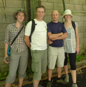 L-R: Tamar, Andrew, Justin and Sue (for some reason being photographed next to the most boring wall in Chiang Mai!)