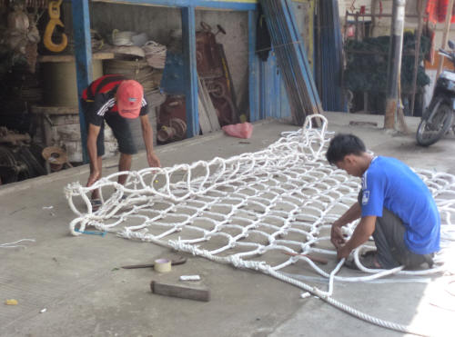 Making cargo nets at Pasar Ikan.