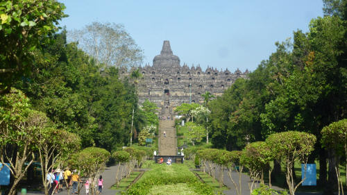 The approach to Borobodur.