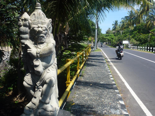 Balinese bridges are guarded by trolls...